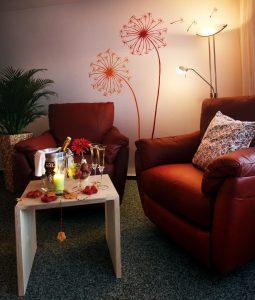 Relaxbereich mit Champagner