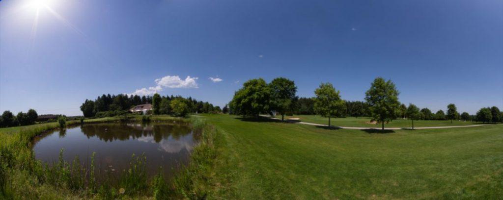 Blick über den Golfplatz